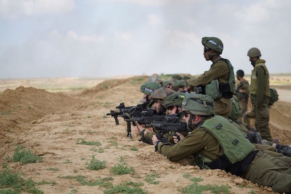 Israeli snipers seen on the border with Gaza during the Great March of Return, March 30, 2018. (IDF)