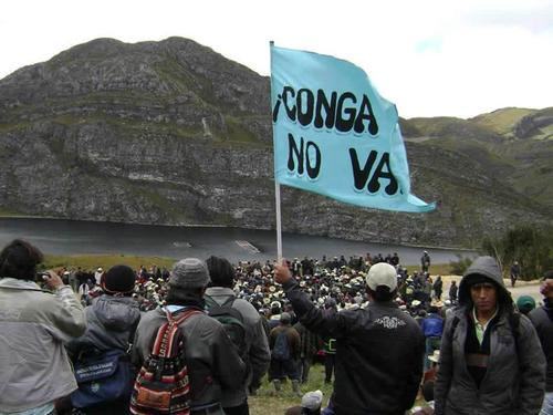 Vigils to defend the lakes (Photo credit: PIC)